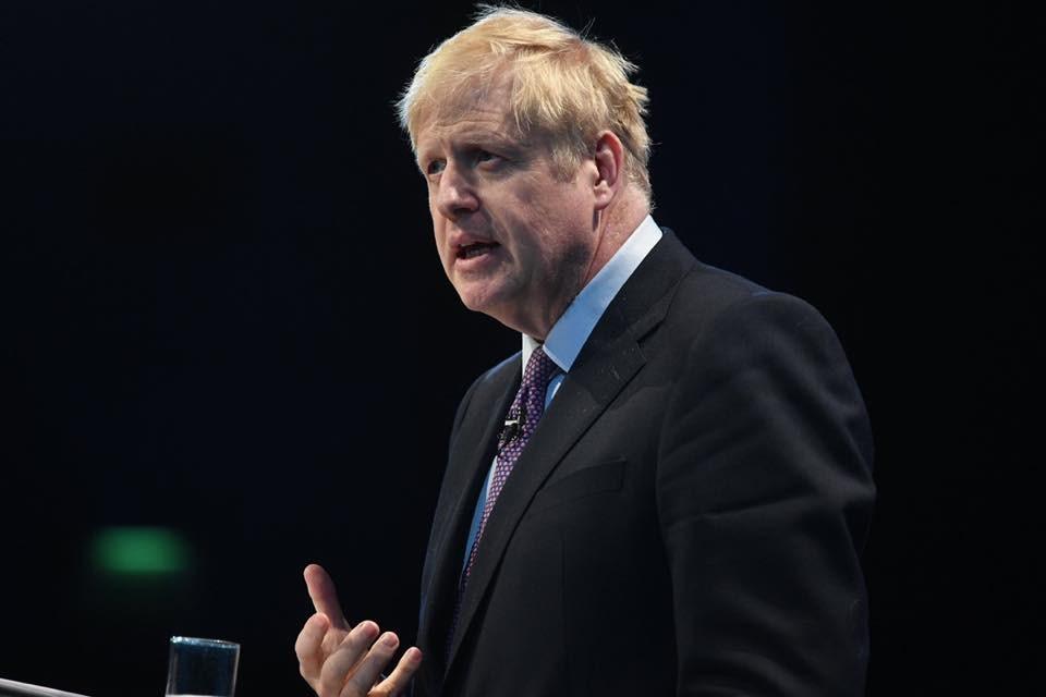 英國首相強生24日呼籲,提前於12月12日舉行大選,以打破英國脫歐僵局。(圖取自facebook.com/borisjohnson)