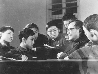天才变疯子?最有望拿诺贝尔奖的神童谢彦波:他的陨落原因及现状