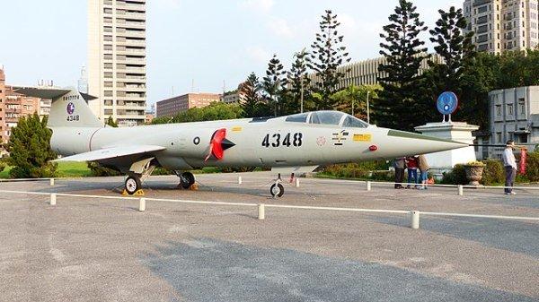 1967年113空战是台湾海峡上空至今最后一场空战,当时国军F-104G战机飞行员石贝波击落了一架中共空军战机;石贝波昨日病逝台北三军总医院。图为国军F-104G战机资料照。