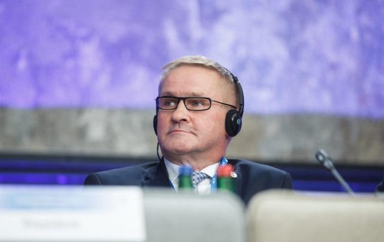 愛沙尼亞公共行政部長艾布。 翻攝《Politico》