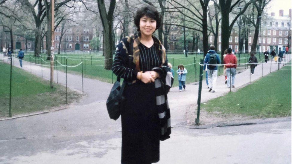 1990年4月,吕京花刚到美国后到哈佛大学演讲