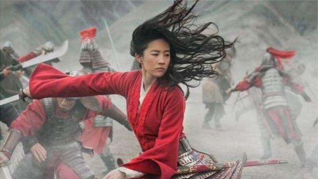 《花木兰》源于中国北朝民歌《木兰辞》中的传奇女性人物。