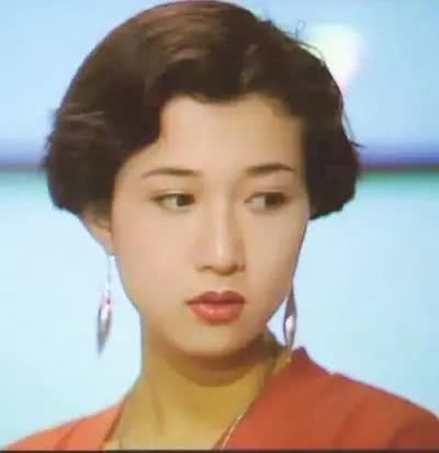 抢了梅艳芳两任男友的吴绮莉,为什么偏偏栽在了成龙手里?