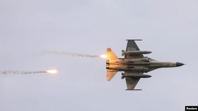 资料照:参加汉光实弹军演的台湾战机 (2020年7月16日)