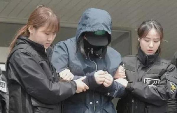 《素媛》原型称出狱要到受害者身边,韩国群众筹1.94亿,为女孩搬家