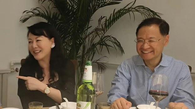 北京清华大学原教授许章润(右)与文化出版人耿潇男(推特截图)