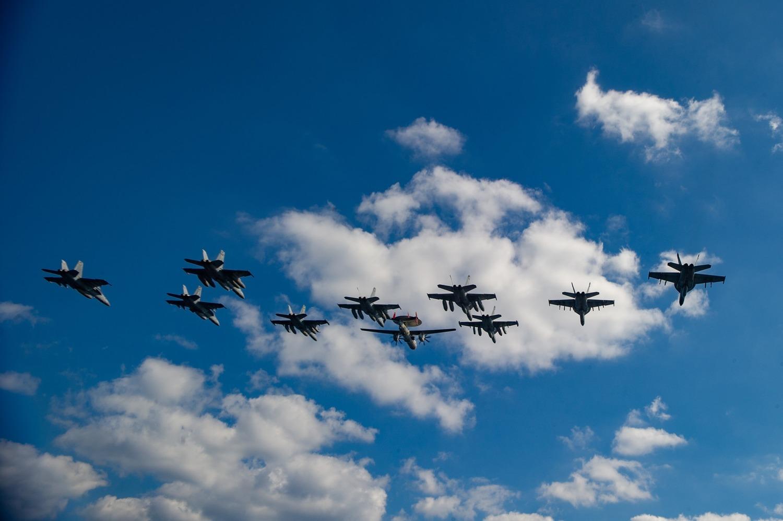 上百架美軍戰機也投入此次聯合軍演。圖:翻攝自USS Ronald Reagan臉書