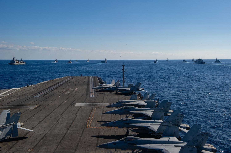 美日加3國聯合軍演,出動航母、戰機。圖:翻攝自USS Ronald Reagan臉書