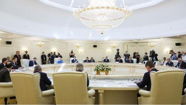苏联解体后一些原苏联共和国在2010年组成了欧亚经济联盟(EAEU), ,成员国有亚美尼亚,白俄罗斯,哈萨克斯坦,吉尔吉斯斯坦和俄罗斯
