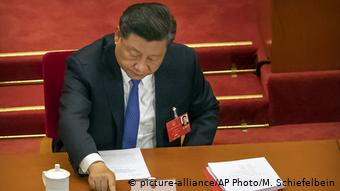 China Nationaler Volkskongress | Sicherheitsgesetz Hongkong | Xi Jinping, Präsident (picture-alliance/AP Photo/M. Schiefelbein)