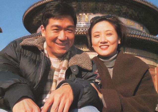 中国好前夫张国立!离婚后照顾前妻家庭,妻子邓婕表示:能理解
