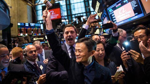 中国电商巨头阿里巴巴于2014年在纽约证券交易所首次亮相。