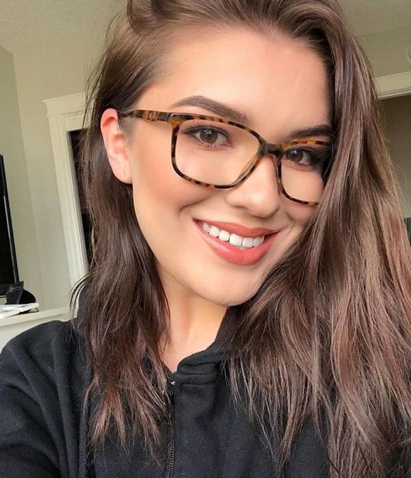 经典玳瑁色眼镜