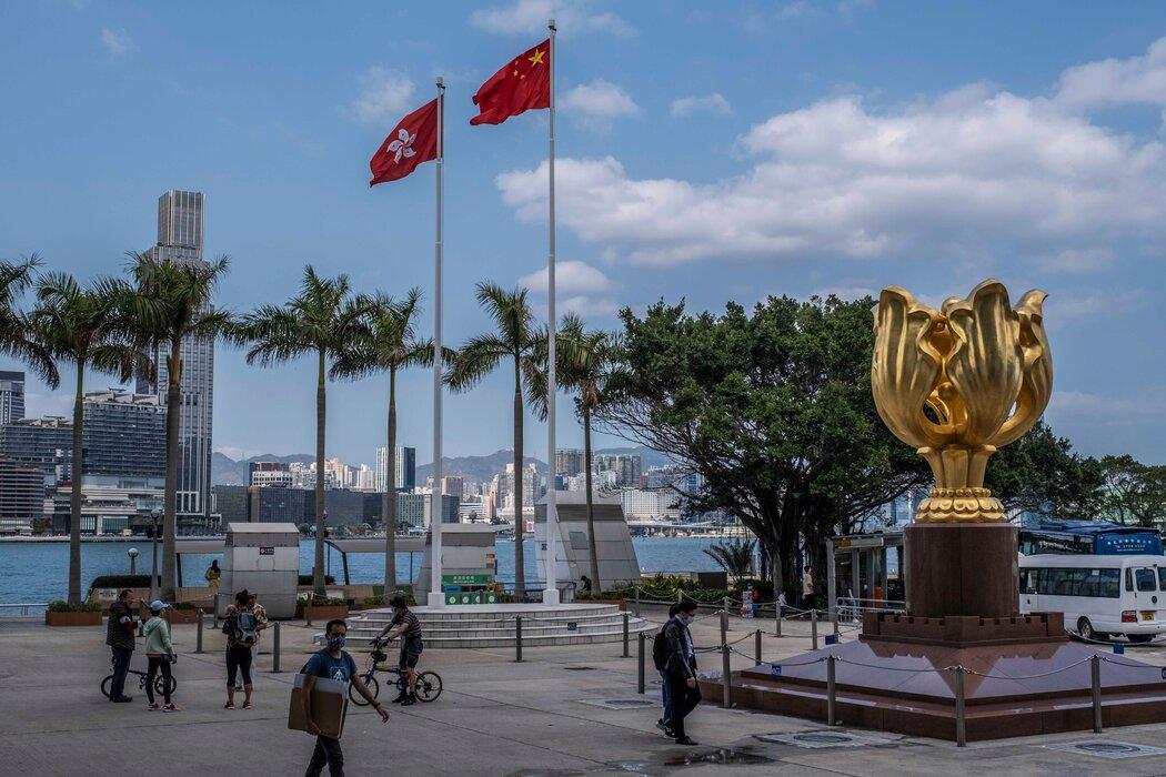 金紫荆广场,1997年香港回归中国统治的标志之一。