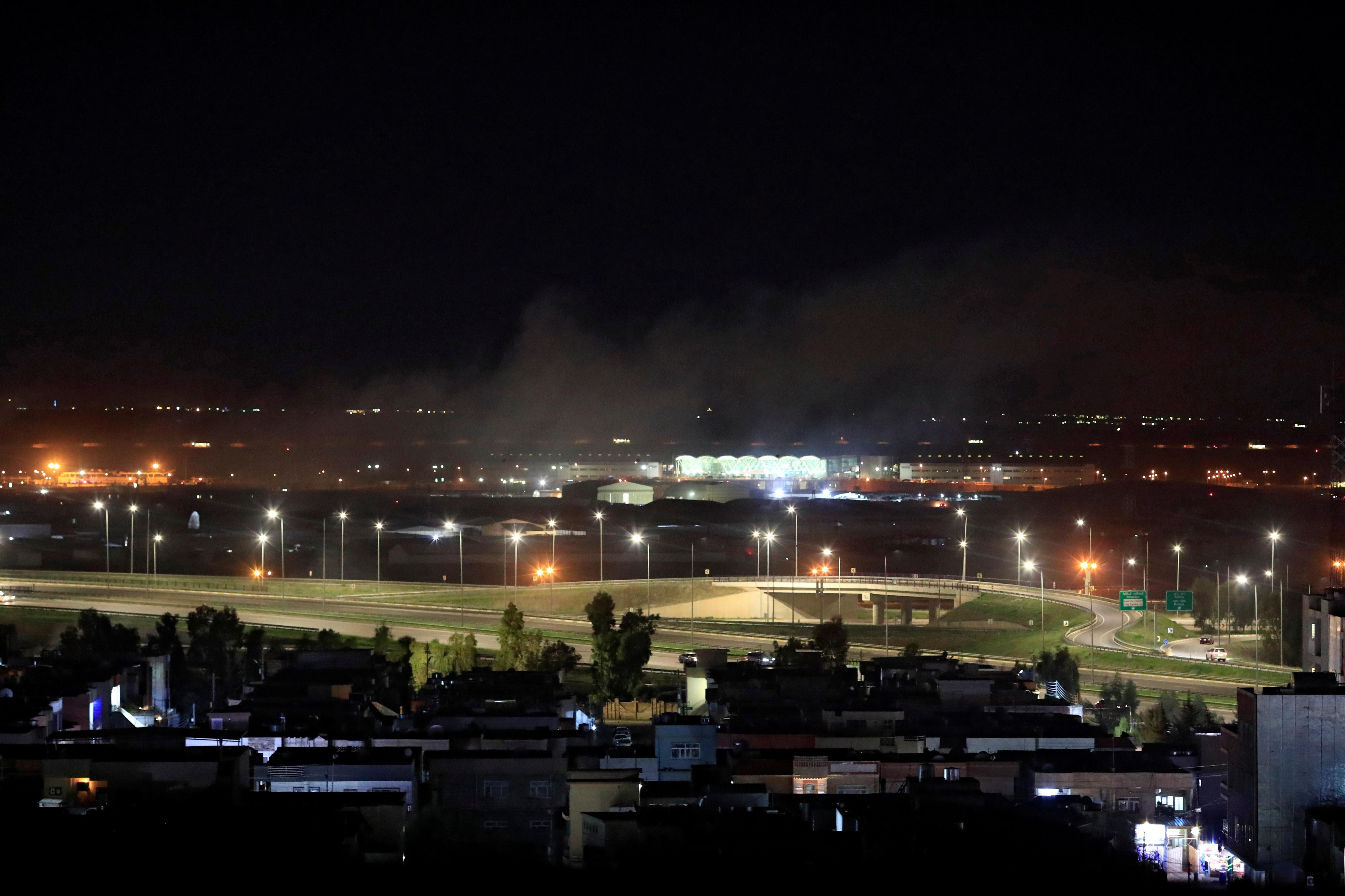 ▲▼ 艾比尔国际机场附近15日深夜遇袭。(图/路透)