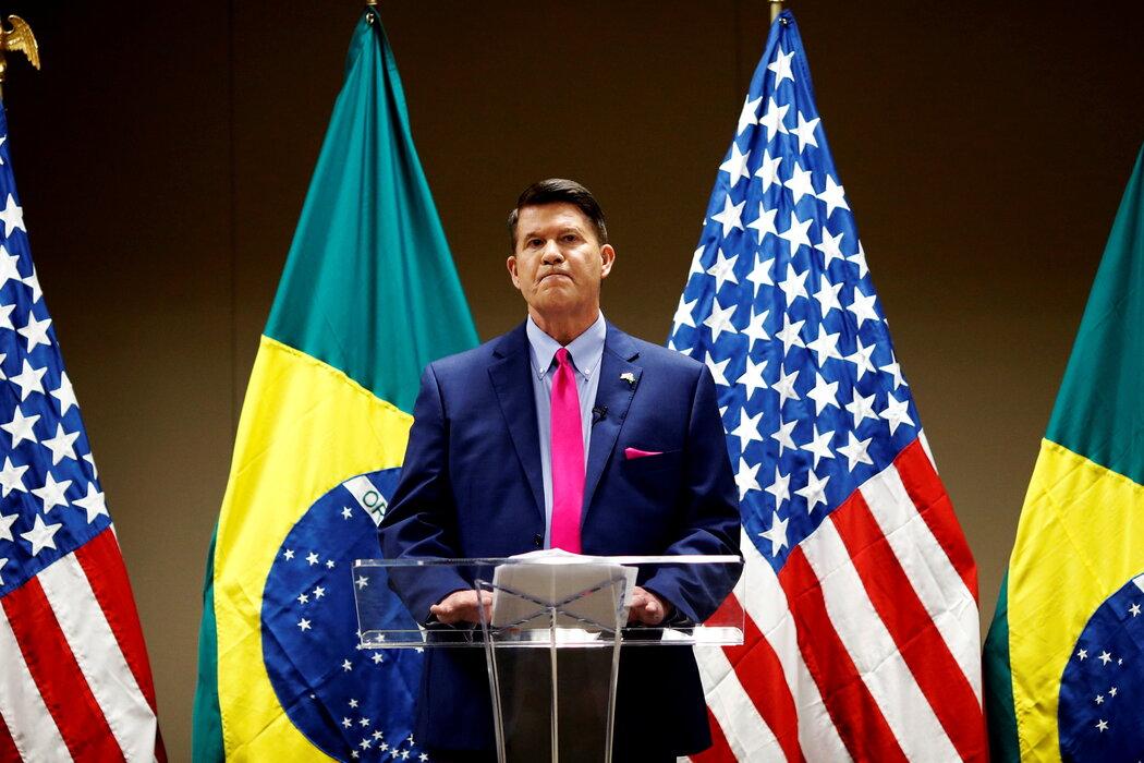 在去年11月访问巴西时,时任国务院经济政策高级官员的基思·克拉希称华为是行业无赖,必须将其拒之于5G网络之外。