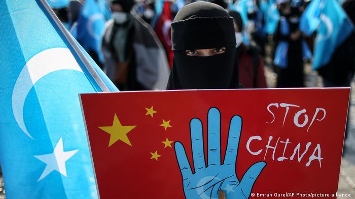 Weltspiegel   26.03.2021   Uighuren   Tableau