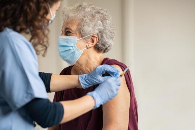 elderly_woman_receiving_covid_vaccine_-_istock_-_t4h_-_twitter.jpg