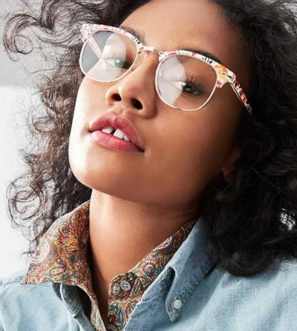 眉型款花色眼镜