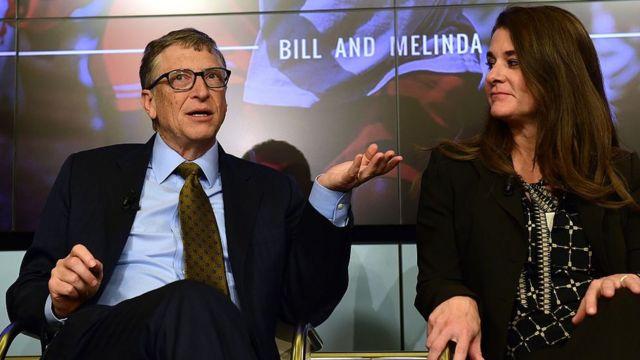 比尔和梅琳达参加英国《经济学人》杂志2015年在布鲁塞尔举行的一次讨论,谈论未来15年在卫生、教育、农业和银行业方面的预期突破。