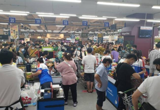 单日大增180例  台湾本土新冠疫情升温