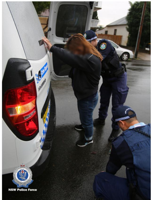 澳洲警方突袭悉尼华人区 多人被捕
