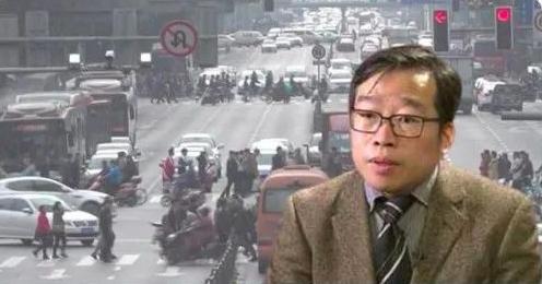 """留德海归吴强博士起诉清华大学获受理,高校""""非升即走""""成了思想钳制?"""