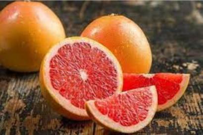 哈佛对7万5千人的20年随访发现:摄入葡萄柚、胡萝卜...可防止老化