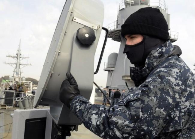 """美国海军发明手持式声学呼唤和干扰装置: 作用是…""""不让人说话""""!"""