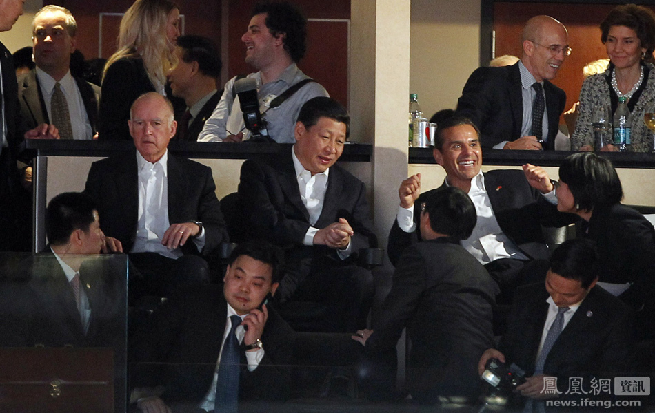 习近平观看NBA比赛 会见贝克汉姆(组图)