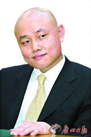 黄光裕内幕交易:动用79人身份证账面获利3亿