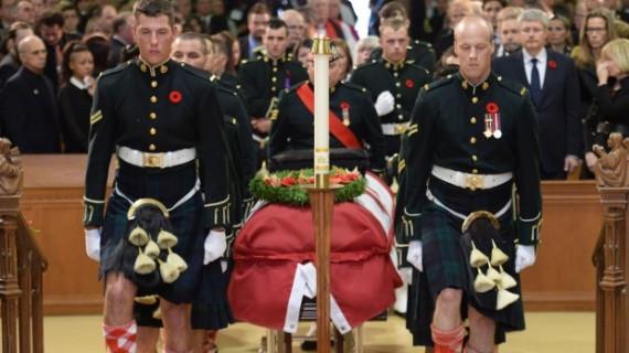 国会山枪案遇害士兵葬礼 在家乡盛大举行