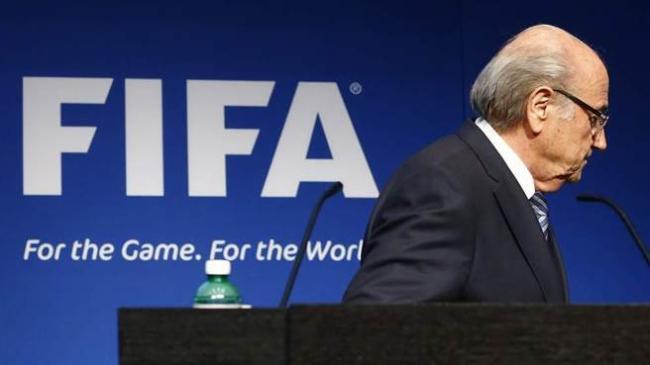 FIFA主席布拉特停职90天
