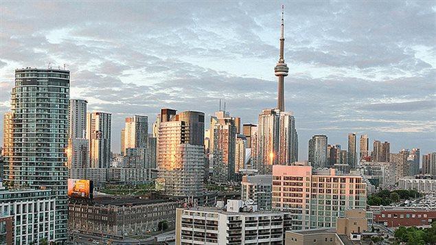 温哥华房价跌50%多伦多跌40%?中国买家哀嚎