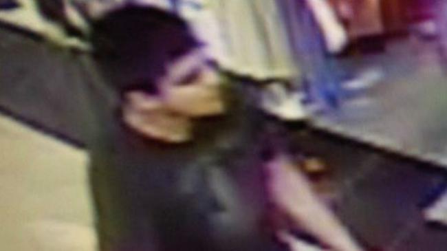 美国伯林顿商场枪击已有5人死   枪手在逃