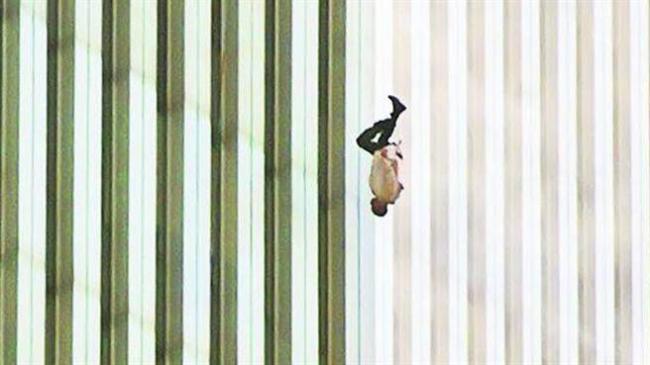 这张911最冲击人心照片 至今仍是未解之谜
