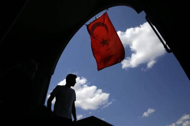 土耳其政府够狠:3.2万人涉嫌政变被捕