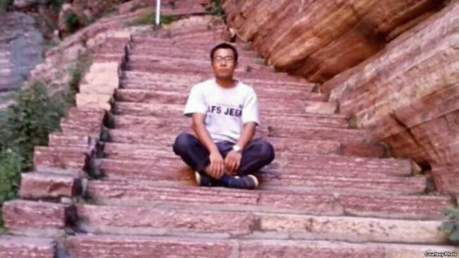 贾敬龙案:媒体促慎用极刑  公民吁免死