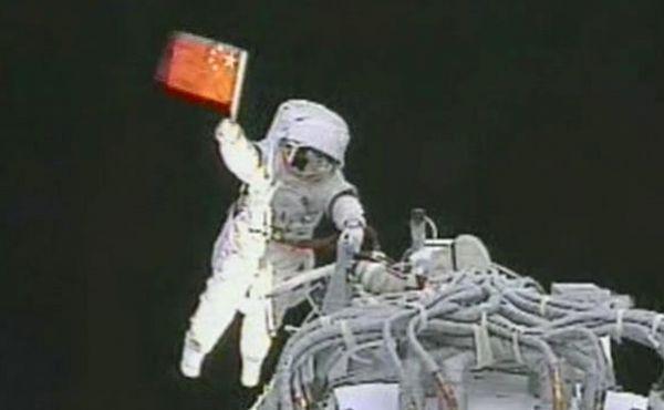 中国航天直追俄美    俄不急美国急