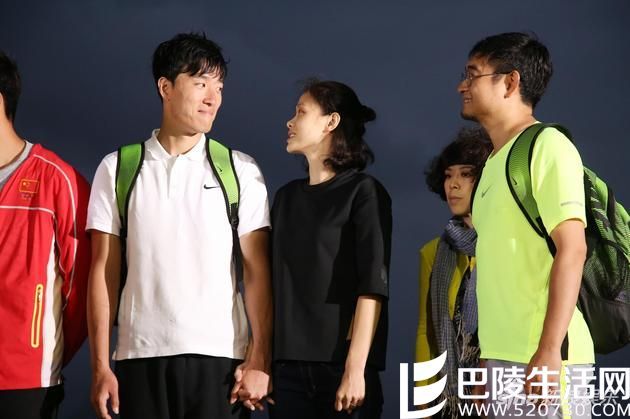 中国第一狗仔首次道歉 竟然是对刘翔