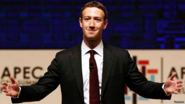 """""""脸书""""遭遇假新闻 扎克伯格怎么办"""