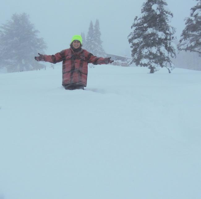强风暴肆虐美国东北部 降温降雪还有大风