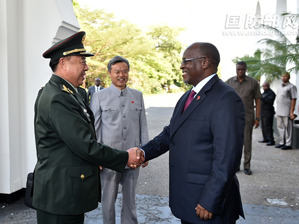 范长龙访问坦桑尼亚 军贸合作或成重头戏