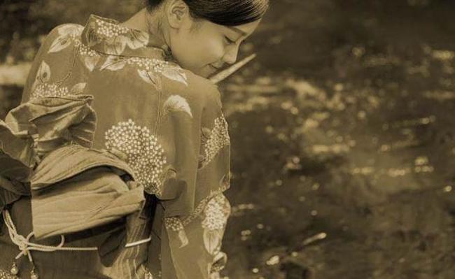 从小被爸爸按摩胸部 日本这区女人都是波霸