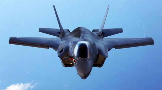 日本急收F35因F15J难敌中国 将再购100架