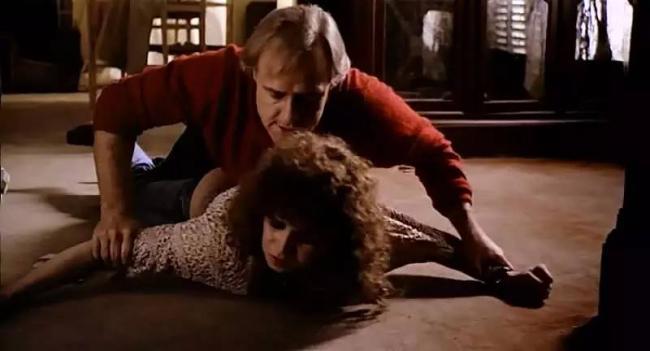明星演员白兰度原来是强奸罪犯