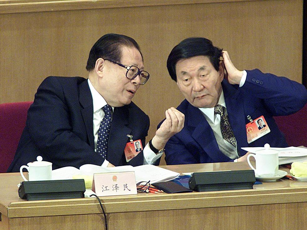 朱�F基上海讲话:坦陈三点不如江泽民