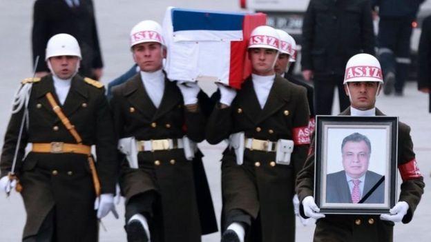 俄罗斯驻土耳其大使遗体空运回国