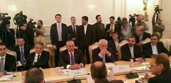 担心刺杀 伊朗保镖会议上紧盯土耳其同行