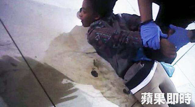 非裔孕妇泪控旧金山警方施暴 害她流产